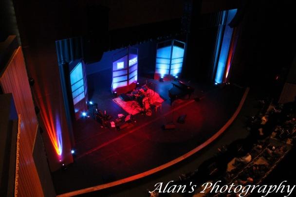 Paula Cole - Gracie Theatre - Walk In Cue